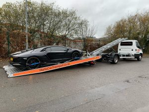 LO SLIDER IN USE HERTS CAR   TRANSPORT  REF NEWS
